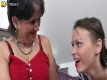 jeunes avec vielles lesbiennes